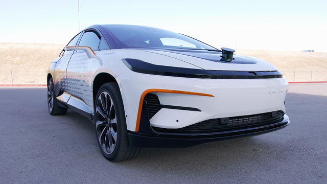 Elektromobil Faraday Future FF91
