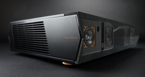 Projektor Optoma P1 Smart 4K UHD Laser Cinema