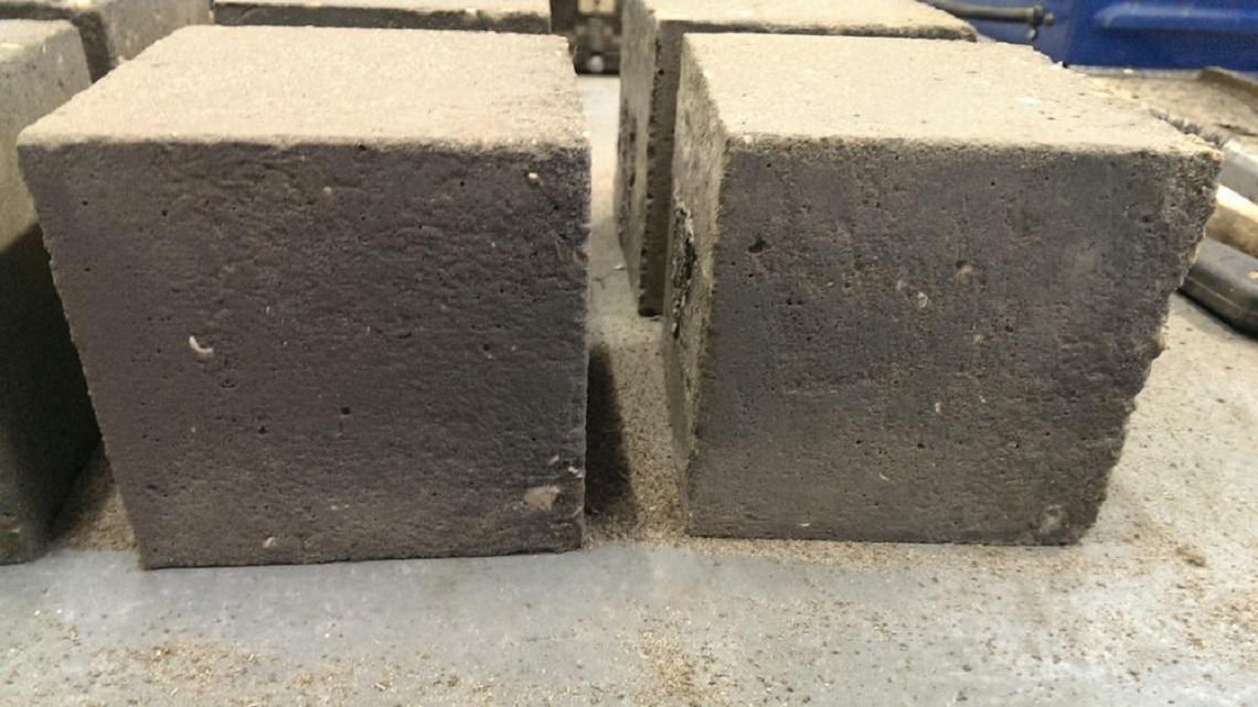 Počas testovania sa zistilo, že grafénom spevnený betón má až 146 percentný nárast pevnosti v tlaku v porovnaní s bežným betónom, 79,5 percentným nárast pevnosti v ohybe a jeho priepustnosť vody sa znížila o takmer 400 percent.