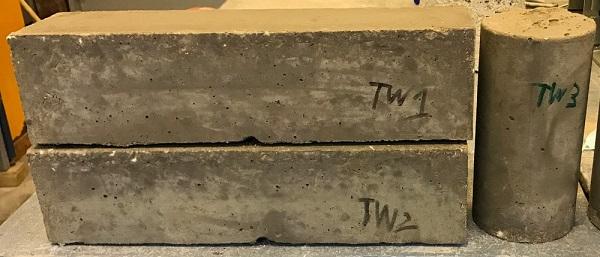 Vedci z britskej univerzity v Exeteri použili grafén na vytvorenie nového typu betónu, ktorý je tak oveľa pevnejší, odolnejší voči vode a zároveň ekologickejší v porovnaní s bežnými stavebnými betónmi.